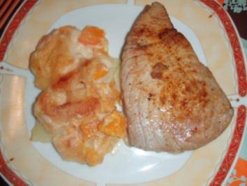 Gelbflossen - Thunfisch - Tranchen mit Kartoffel - Kürbis Gratin und Salat - Rezept