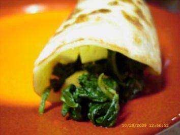 Echt leckere Pfannkuchen mit Spinat-Schafskäse-Füllung - Rezept