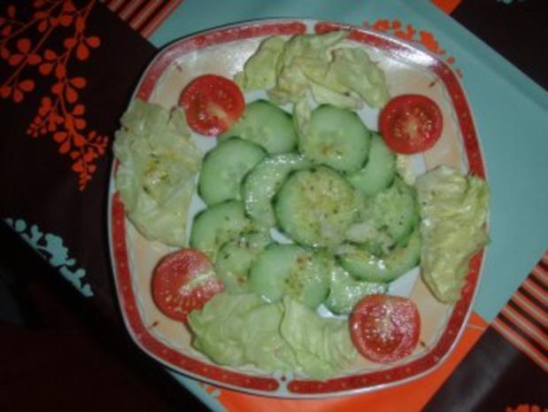 Rinds - Entrecote garniert mit Karotten, grüner Salat, Cherrytomaten und Kürbis - Rezept - Bild Nr. 2