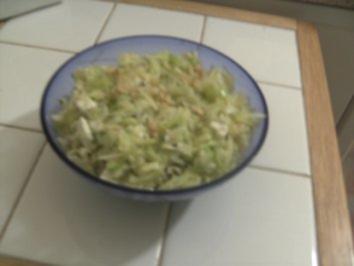 Porree-Sellerie- Apfelsalat - Rezept