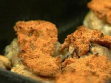Hühnerkeulen mit Tomatenkruste - Rezept