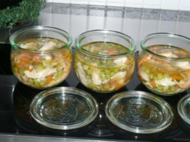SUPPE /GEFLÜGEL :Hühnersuppe mit Erbsen und Krabben - Rezept - Bild Nr. 2