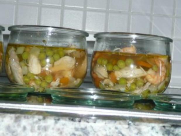 SUPPE /GEFLÜGEL :Hühnersuppe mit Erbsen und Krabben - Rezept