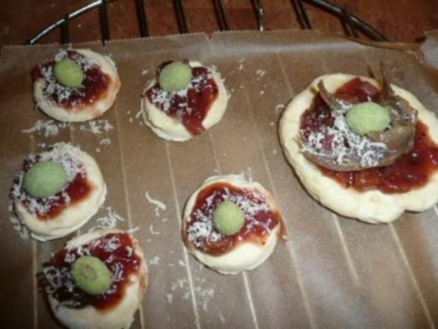 VORSPEISE/FLEISCH:Blätterteigsternchen mit Putengeschnetzeltem an Chutney - Rezept - Bild Nr. 6