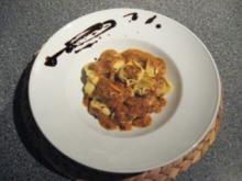 Tortellini an Tomaten-Mozzarella-Bärlauch Sauce - Rezept