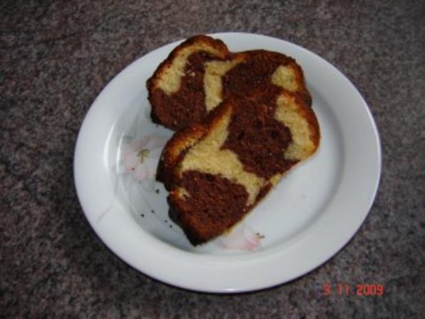 Kuchen + Torten : Schwarz-weißer Guglhupf - Rezept - Bild Nr. 2