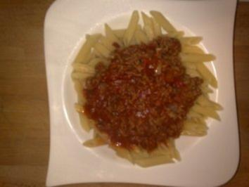 Peters scharfe Bolognese mit Hot Chilli-Lemon-Grass-Sause - Rezept