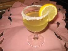 Getränk: Heisser Limoncello Cocktail! - Rezept