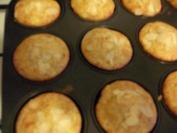 M-M-M = Mango-Mandel-Muffins - Rezept