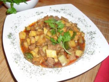 Türkischer Eintopf (Türlü Kebab) - Rezept