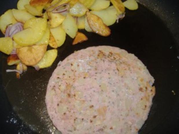 Pfälzer Saumagen mit Sauerkraut unf Bratkartoffeln - Rezept - Bild Nr. 3