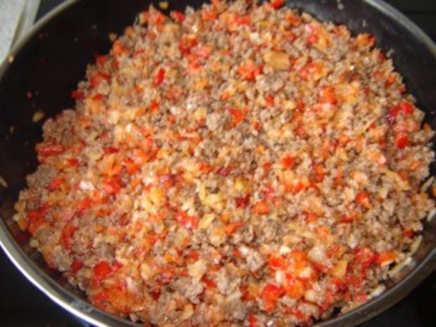 Hackfleisch-Paprika Füllung für Teigtaschen - Rezept
