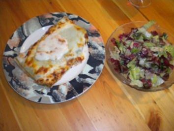 Hausgemachte Lasagne verde mit Salat - Rezept