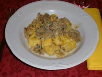Pasta -  Tortellini mit Weißwein-Sahne-Soße - Rezept