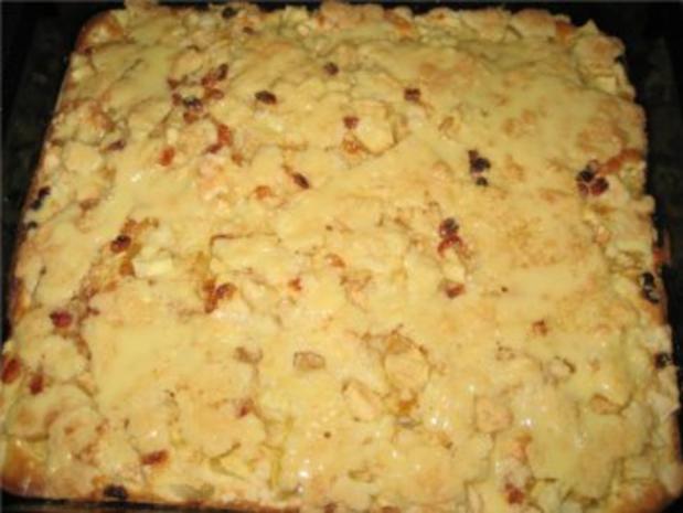 ** Kuchen & Co. ** Apfel - Rosinen - Streuselkuchen mit Vanilleglasur - Rezept - Bild Nr. 3