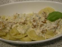 Gorgonzola gefüllte Ravioli mit Walnüssen - Rezept