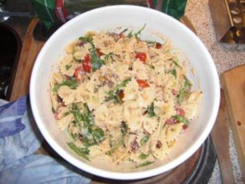 Italienischer Nudelsalat mit Ricotta-Dressing - Rezept