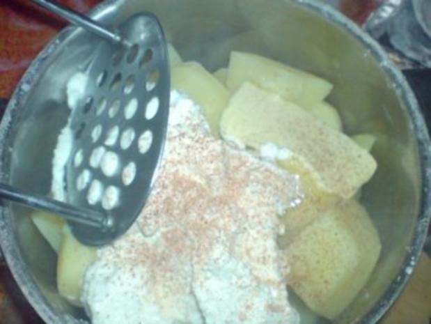 Grützwurst mit Quarkkartoffeln und Sauerkraut - Rezept - Bild Nr. 12