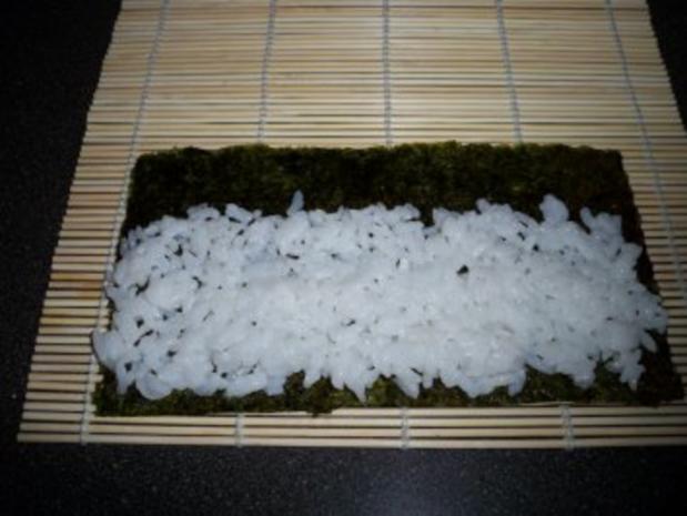 Sushi mit Chinakohl und Räucherlachs - Rezept - Bild Nr. 3