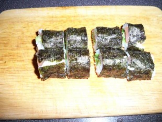 Sushi mit Chinakohl und Räucherlachs - Rezept - Bild Nr. 8