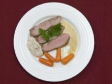 Kalbsfilet mit zweierlei Soßen an karamellisierten Karotten (Sabine Kaack) - Rezept