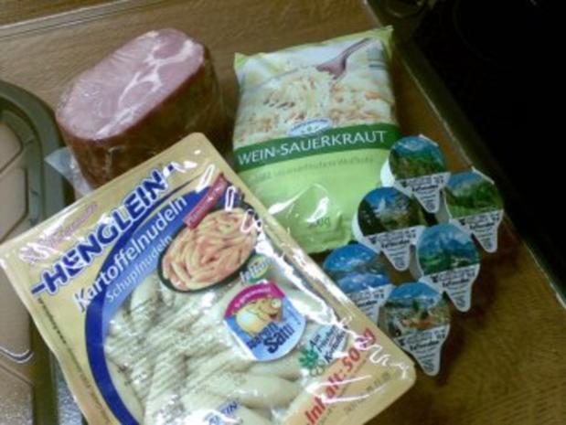 Schupfnudeln mit Sauerkraut und Kasslerwürfel - Rezept - Bild Nr. 2