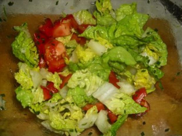Panierte Mozzarella-Medaillons auf Salat - Rezept - Bild Nr. 9