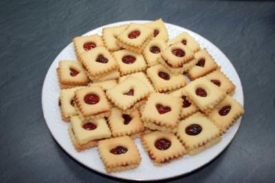 Rezepte Für Weihnachtskekse.41 Weihnachtskekse Ohne Nüsse Rezepte Kochbar De