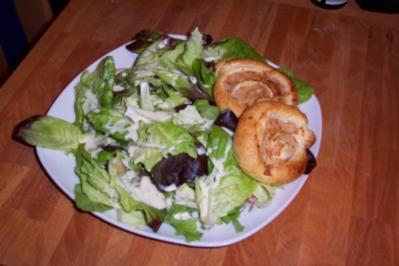Blätterteigröllchen mit Putenhackfleisch - Rezept