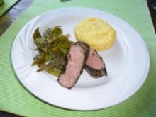 Kräuter-Lammlachse mit Holunder-/Rotweinsoße - Rezept
