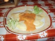 Cappelletti mit Lachs-Füllung, Salsa rossa al formaggio und Endivensalat - Rezept