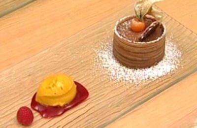 Mousse au chocolat mit Mangosorbet - Rezept