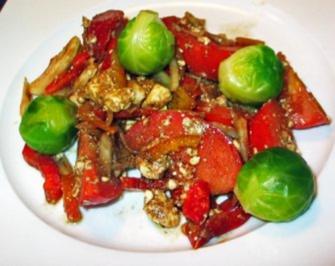 Tomaten-Kohlsprossen-Schafskäsesalat - Rezept