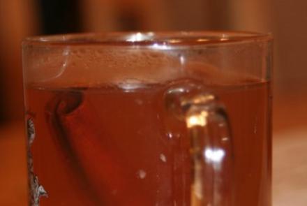 Weihnachtlicher Honig-Ananas-Tee - Rezept