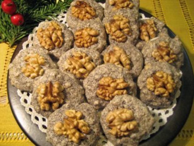 Mohn-Makrönchen =   Eiweiß-Verwertung von der feinsten Art ... - Rezept - Bild Nr. 2