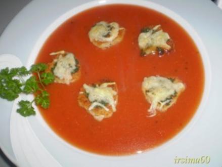 """Suppeneinlage """"Herzige Croûtons"""" - Rezept"""