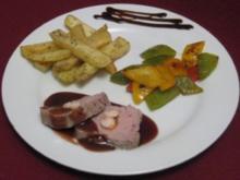 Kalbsfilet mit Garnelen an Landweinsoße mit Kartoffeln a la Provence und Paprika - Rezept