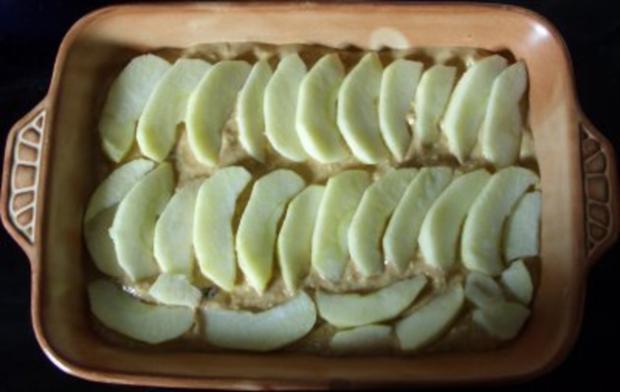 Auflauf süss - Apfel-Kokos-Amarettini-Auflauf mit Rosinen - Rezept - Bild Nr. 4