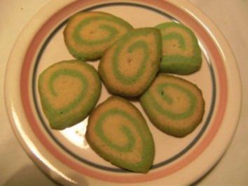 Rezept: KLEINGEBÄCK - Uta's Grüne Kekse