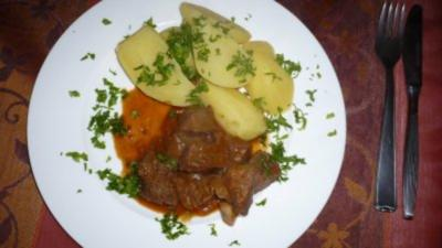 Rindsragout in Biersauce - Rezept