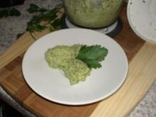 Walnuss-Petersilie-Pesto - Rezept