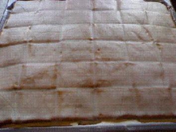 Butterkeks-Zitronen-Schnitten vom Blech - Rezept