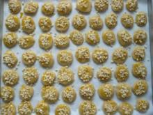 Marzipanplätzchen mit gehackten Mandeln - Rezept