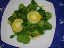 Feldsalat mit gebratenem Ziegenkäse - Rezept
