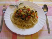 Spaghetti con salsa vegetal - Spaghetti mit Gemüsesoße - Rezept