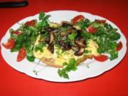 Chamignons auf Rührei + Kürbiskernbrot - Rezept