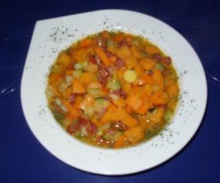 Süßkartoffel-Gemüse-Eintopf mit Luftgetrockneten Mettwürstchen - Rezept