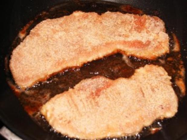 Schweineschnitzel mit Champignon-Rahm-Soße mit Kartoffelrösti - Rezept - Bild Nr. 3