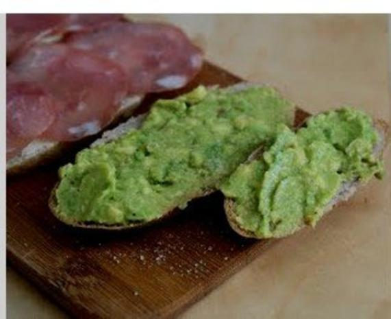 Leckeres Avocado-Frischkäsebrot - Rezept