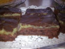 Marzipan/Saure Sahne Blechkuchen - Rezept
